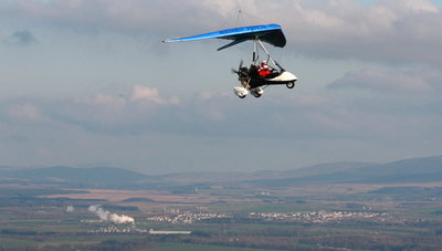 G-RIKI microlight flying over Falkirk